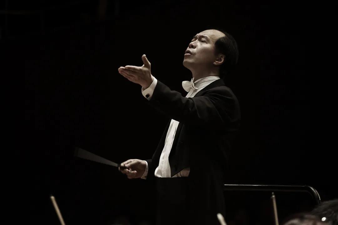 张国勇、杜天奇、王与兵与国家大剧院管弦乐团演绎肖斯塔科维奇