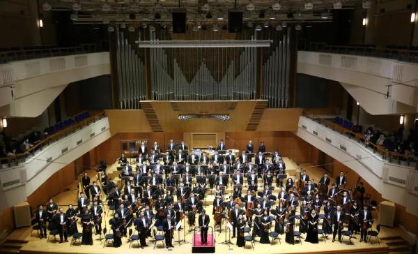 """""""精雕细琢 致敬经典""""——中国交响乐团纪念马勒逝世110周年交响音乐会在北京音乐厅上演"""